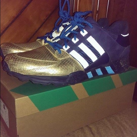 online store ee1af 477ef ... Ronnie Fieg x Adidas NYC s Bravest EQT 93 support ...